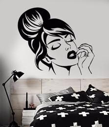 $enCountryForm.capitalKeyWord Australia - Vinyl Wall Decal Beautiful Girl Face Wall Sticker Home Bedroom Decoration Hairstyle Makeup Wall Mural Beauty Shop Decor