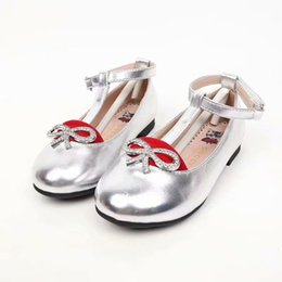 $enCountryForm.capitalKeyWord Australia - Autumn new girl patent leather shoes fashion embroidery fisherman shoes girls sports canvas shoes 26 35 yards wholesale price