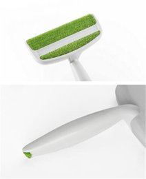 Discount hair beds - Hot Organization 2 Heads Sofa Bed Seat Gap Car Air Outlet Vent Cleaning Brush Dust Remover Lint Dust Brush Hair Remover