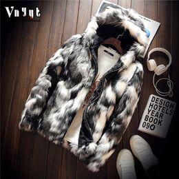 Ingrosso Personalità maschile e lana imitazione visone imitazione giacca in pelle giacca gioventù camuffamento pelliccia