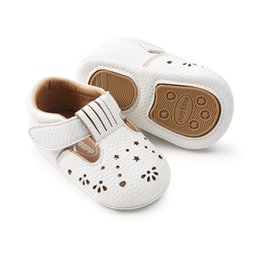 White Infant Sandals UK - ins summer girls hole pu walking shoes with headband baby Fretwork sandals walking shoes & infant crown headband pink & white cute Toddler