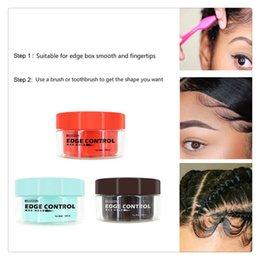 Venta al por mayor de Refrescante para hombres Aceite para el cabello femenino Crema de cera Crema para peinar el control de bordes Acabado del cabello roto Gel fijador para el cabello anti-encrespamiento 2019