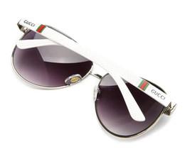 Chinese  Thin Flat Top Sunglasses Women Luxury Designer Retro Vintage Sun Glasses Female Kim Kardashian Sunglasses Clear Glass 0166 manufacturers