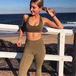 $enCountryForm.capitalKeyWord Australia - 2018 New Sexy 2Pcs Solid Color Women's Sport Wear Gym Yoga Vest Bra Sports Legging Pants Outfit Set Green Clothes