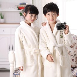 $enCountryForm.capitalKeyWord Australia - 2019 Winter Children Warm Sleepwear Home Dress Lovely Cartoon Soft Nightgown Thicken Kids Bathrobe Gown Nightwear Negligee
