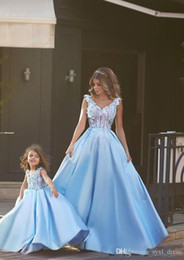 $enCountryForm.capitalKeyWord Australia - Light Blue Princess A Line Lace Appliques evening dresses Mother and Daughter Dresse for Mother plus size formal prom dresses 2019