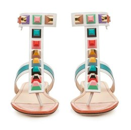 $enCountryForm.capitalKeyWord Australia - Hot Sale- Holiday Casual Sandals Gladiator thong strap colorful stone Slingbacks Rivets Pyramid Studs Flat Heels Women Causal Flat Sandles