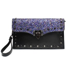 Woman Chains NZ - Elegant Fashion Women Sequin Bags Sexy Rivet Chain Women Shoulder Messenger Bag Ladies Large Capacity Retro Evening Purse