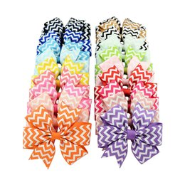 $enCountryForm.capitalKeyWord UK - 20 colors Baby Girls stripe hairpins children V ribs Barrettes kids hair accessories Bow Wavy pattern Hair clips