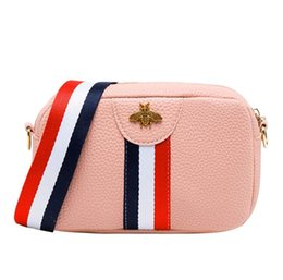 $enCountryForm.capitalKeyWord UK - Camera bag hit color stripe ladies single shoulder diagonal bee small square bag wholesale Cross Body