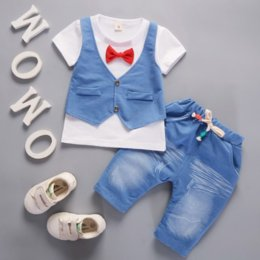 $enCountryForm.capitalKeyWord Australia - New Summer 0-4 Years Kids Denim Clothes Baby Girls Boys Children Casual Vest Fake Toddler Party Wedding Bow Clothing