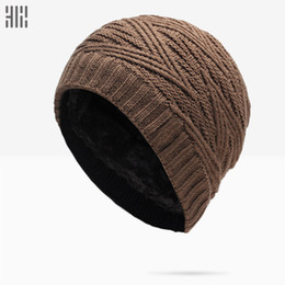 Wholesale Winter Hat Sale Solid Adult Man And Woman New Fashion Warm Wool Knitted Hat Korean Style Winter Skullies beanies Cap For