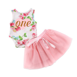 China 2018 INS baby girl toddler 2piece set outfits Birthday Golden One Romper Onesies Jumpsuits + tutu skirt Pettiskirt Costumes Rose Floral Sets cheap baby girl romper skirt tutu suppliers