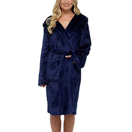 Flannel Hoodie UK - Autumn Women Men Flannel Bath Robe Sleepwear Solid Plush Couple Bathrobe Thick Warm Female Hoodies Robe