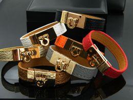 Wholesale HUISTORY Fashion Narrow Version Pu Leather Bracelets For Women Wide Circle Buckle Charm Wrap Bracelet Couple Jewelry Gift