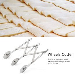 pasta cutters Canada - 3 5 7 Wheels Cutter Dough Divider Side Pasta Knife Flexible Roller Blade Pizza Pastry Peeler Stainless Steel Bakeware Tools