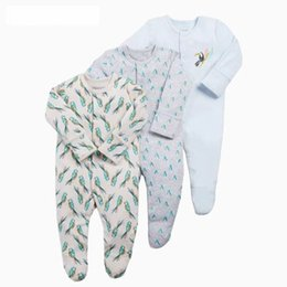 dc36fc081f27 Girl baby feet online shopping - 2019 New Baby Girl Romper Three piece gift  box for