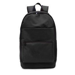 Notícias 2019 Atacado Marca Designer Backpack Casaul Bolsa Escola Moda Tide Mens Student Backpack Unisex Outdoor Esporte Bolsas B101211D venda por atacado