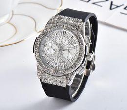 luxury watches rubber belt 2019 - 2019 Set auger leisure fashion New Luxury brand sport Watches men women Casual Fashion quartz watch discount luxury watc