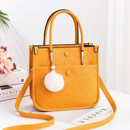 quality ladies handbags Australia - Hot Handbags for Women Designer Messenger Bags Ladies Business Purse Shoulder Bag Famous Brand PU Leather Crossbody Bags Luxury High quality