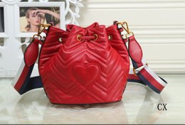 hand bag heart Australia - Designer Handbags Luxury Bag Single Shoulder Bag Brand Slant Bags With A Heart-Shaped Bucket Handbag Leather For Women Girl Hand Bag