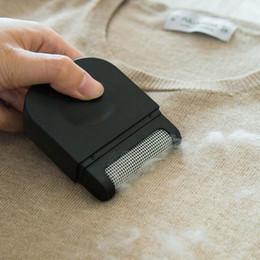 Vente en gros Remover Lint poussière Voyage mini portable chiffon de nettoyage à sec Brosse détachable Pull Post-it Device Laine Vêtements Brosse à cheveux DH589 T03