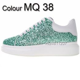 Light Up Shoes Women Australia - New Season Designer Shoes Fashion Luxury Women Shoes Men's Leather Lace Up Platform Oversized Sole Sneakers White Black Casual Shoes