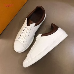 Genuine Leather Items NZ - New items Men leisure trainer footwear Genuine Leather good quality lace up men Size 38 -44