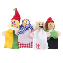 $enCountryForm.capitalKeyWord Australia - Baby Cartoon The clowns Christmas Finger Puppets Popular Wooden Educational Theater Soft Doll Kids Finger Puppets Toys Play Gift