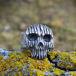 punk rings NZ - Men's Fashion New Punk Ring Stainless Steel Wood Pattern Skull Ring Halloween Gift US Size From 7 To 14