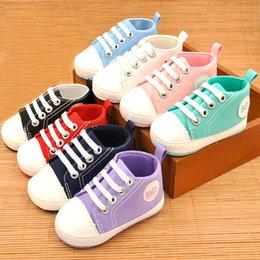 Lona para bebé zapatos para caminar, suela suave, primeros caminantes, mocasines, zapatos de primavera y otoño, moda, zapatos casuales en venta