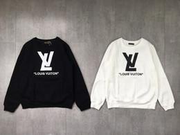 Marca suéter de pareja Otoño e invierno suéter de cuello redondo más terciopelo engrosamiento Hombres y mujeres diseñador Tops con el mismo párrafo en venta