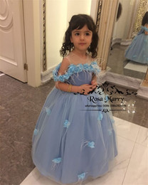 royal knots NZ - Cinderella Blue 3D Floral Flower Girls Dresses For Wedding 2020 Ball Gown Feather Knot Bow Cheap Girls Birthday First Communion Party Gowns