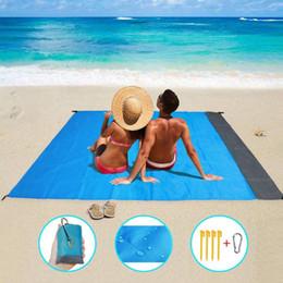 Großhandel 2 * 2m Tragbare Wasserdichte Strandmatte Taschendecke Camping Zelt Boden Matte Matratze Outdoor Camping Picknickmatte