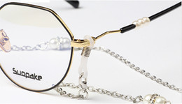 $enCountryForm.capitalKeyWord Australia - Artificial pearl and diamond sliver sunglasses chain readingglasses alloy anti-slip rope string neck cord retainer with silica gel loop