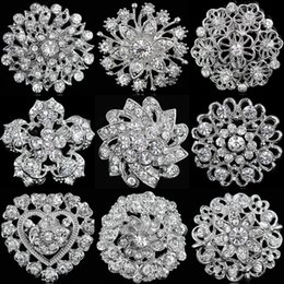 Bridal Brooch Flower UK - Rhinestone Crystal Silver Flower Brooches for Women Men Wedding Bridal Party Round Bouquet Brooch Pin Clear