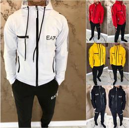 2019 venda Quente moda Mens Moda Primavera Hiphop Fatos Hoodies Calças 2 pcs Conjuntos de Roupas Pantalones Outfits em Promoção
