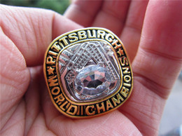 Pittsburgh Rings NZ - 1960 Pittsburgh World Baseball Pirates Championship Ring with Wooden Display Box Souvenir Men Fan Gift 2019 wholesale Drop Shipping