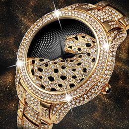 $enCountryForm.capitalKeyWord Australia - Miss Fox Role Luxury Watch Men Diamond Gold Mens Watches Top Brand Luxury C Black Simple Tiger Xfcs Business Men's Quartz Watch Y19051302