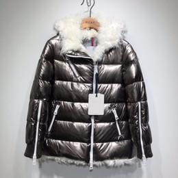 9367bbf3846 Las mujeres de la chaqueta de invierno de las señoras de piel de oveja real  pato abajo dentro de la capa caliente femme capa larga calidad muy buena 788