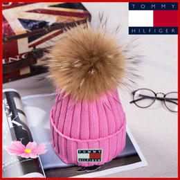 Wholesale Thrasher Winter Knitted Real Fur Hat Women Thicken Beanies with cm Real Raccoon Fur Pompoms Warm Girl Caps snapback pompon beanie Hats