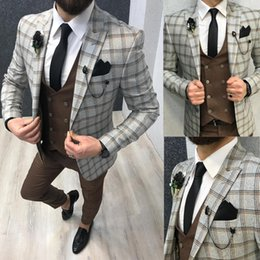 $enCountryForm.capitalKeyWord Australia - Classic Plaid Mens Wedding Designer Jackets One Button Slim Fit Groom Wear Peaked Lapel 1 Pieces Men Prom Blazer