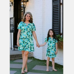 $enCountryForm.capitalKeyWord Australia - Ins floral Mother and Daughter dresses mommy and daughter matching outfits mother baby daughter matching beach dress girls dresses A5501
