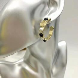 Vente en gros Boucles d'oreilles de haute qualité de marque design femmes mode boucles d'oreilles rondes en laiton bijoux boucle d'oreille
