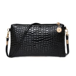 79d586c52b Cheap Black Clutch Bags UK - Cheap Fashion 2019 New fashion shoulder slung  mini bag crocodile