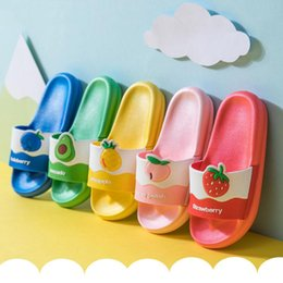 cute home slippers NZ - Cute Cartoon Baby Slippers Kids Beach And Home Shoes Fashion Baby Slippers Boys Girls Children Indoors Shoes Sandals