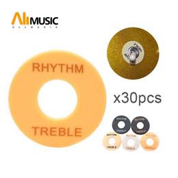 Toptan satış 30pcs toptan Gitar kumandalı düğme Plakalı Ritim Tiz Yıkayıcı Yüzük Siyah Beyaz Sarı Elektrik Gitar için 3 renk Kelimeler Yeni