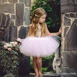 $enCountryForm.capitalKeyWord Australia - 2019 Lace Applique Flower Girl Dresses For Wedding Buttons Back Toddler Pageant Gowns Tulle Sweep Train Appliqued Kids Communion Dress