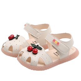Discount sandals for toddler girls - Summer Kids Shoes 2019 Fashion Leathers Sweet Cherry Children Sandals For Girls Toddler Baby Breathable Infant Girls Sho
