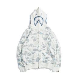 $enCountryForm.capitalKeyWord UK - New Autumn Winter Lover Black White Camo Print Sweater Hoodies Men's Fashion Camo Luminous Casual Sweater Tops